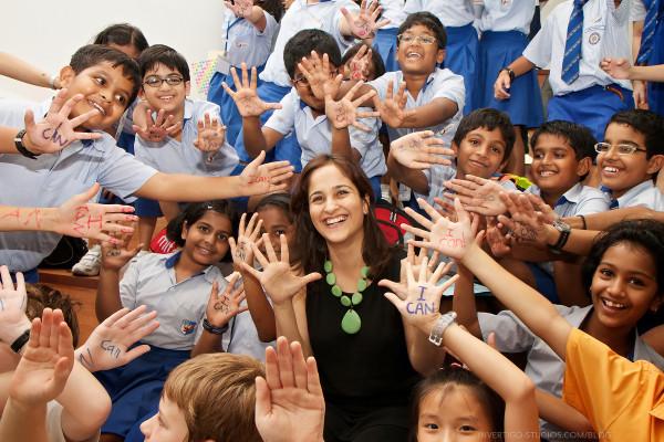 Kiran Bir Sethi, criadora do Design for Change, está entre os 10 finalistas do prêmio The Global Teacher Prize