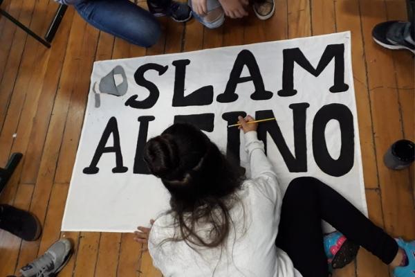 Estudantes criaram o slam para dar eco às vozes dos estudantes