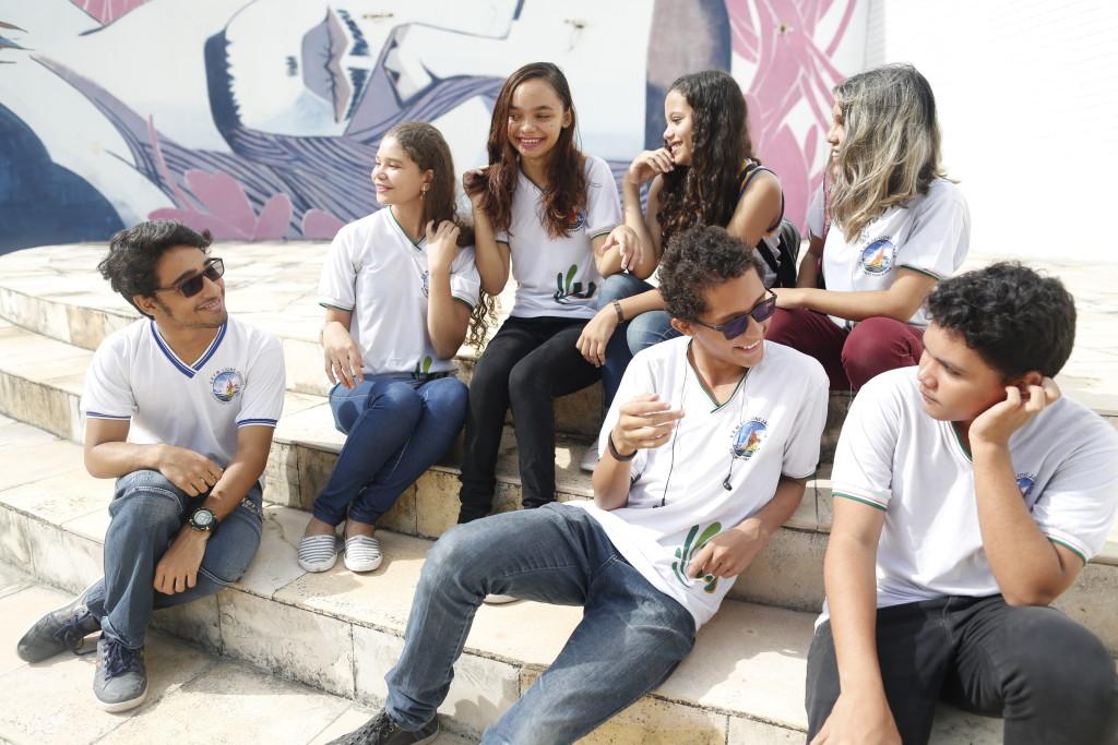Jovens durante viagem de premiação do Desafio Criativos da Escola 2018, em Fortaleza (CE)/Marina Cavalcante