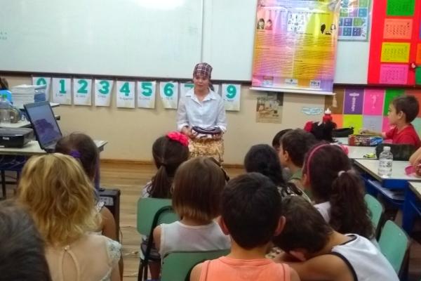 Histórias de mulheres para crianças na escola