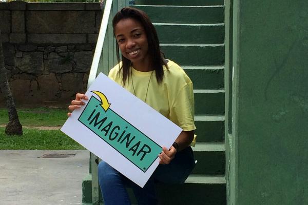 Islaine Medeiros, integrante do projeto Da Escola para o Mundo / Divulgação
