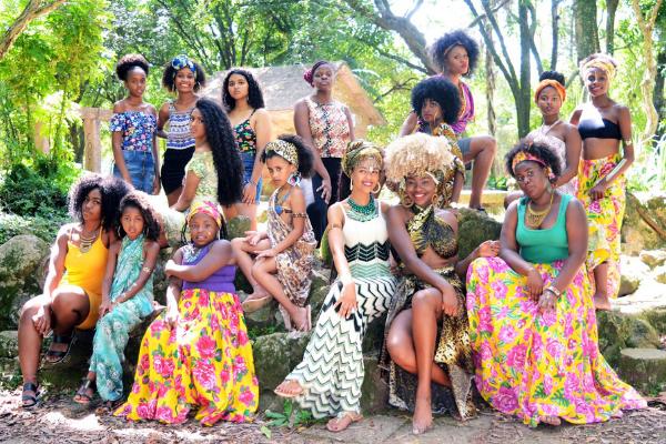 Meninas negras criam movimento e enfrentam racismo por meio da arte no RS