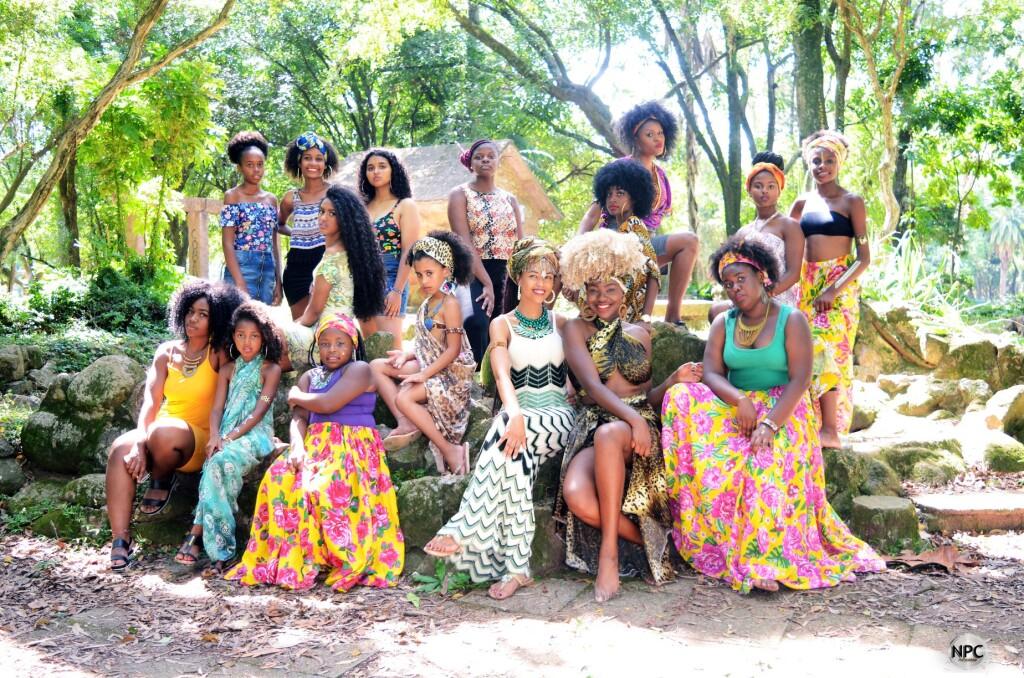 Movimento Meninas Crespas - Porto Alegre - Dia da Mulher Negra