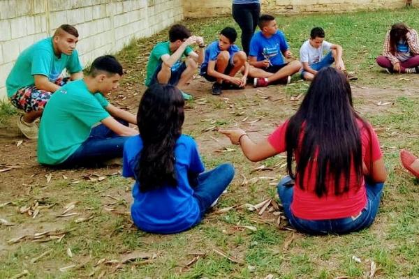 Jovens de Tremembé (SP) focam no futuro em projeto sobre mundo do trabalho