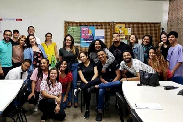 Sem tabu: jovens criam grupo de apoio para enfrentar depressão no DF